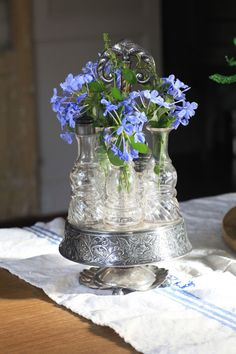 Today's tip is something I'm excited about. Well, I'm excited about all of the Farmhouse French Friday tips. These are the details I adore and add over and over again in design. There are certain elements I am just drawn to. Today we're talking about silver. It can be sterling or silver plate, or maybe …