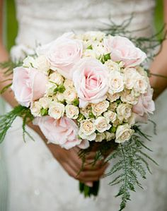 sample of large roses w/small roses...can make a larger version without the green fern for bride