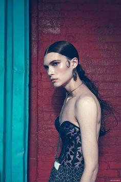 FashionGoneRogue Exclusive: Skirt Daniel Silverstain, Bustier Va Bien Atelier, Body Chain Biko, Earrings We Who Prey