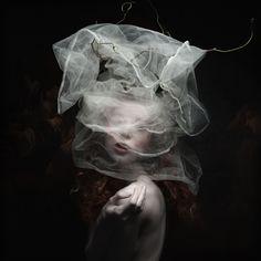 Sylwia Makris - Divinity C - Galerie Sakura
