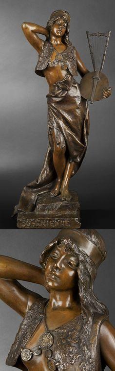 """Emmanuel VILLANIS (1858-1920) """"Bohémienne"""" - Bronze à patine médaille, titré et signé sur la terrasse. Hauteur : 70,5 cm."""