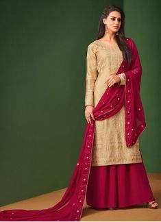 Buy from the latest range of designer collection of salwar kameez from the best online ethnic store. Order this faux georgette and satin embroidered work designer palazzo suit. Buy Salwar Kameez Online, Latest Salwar Kameez, Pakistani Salwar Kameez, Churidar Suits, Palazzo Pants Indian, Palazzo Suit, Palazzo Style, Indian Bridal Lehenga, Abaya Fashion