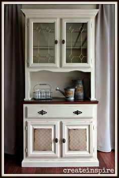 Absolutely adore the door treatments! {createinspire}: Oak Hutch in Linen White Painted Furniture, Chalk Paint Furniture, Furniture Projects, Furniture Making, Furniture Makeover, Diy Furniture, Refinished Furniture, Eclectic Kitchen, Furniture Inspiration