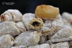 cornulete cu aluat foarte fraged,untura,fara agent Peach Cookies, Scones, Garlic, Deserts, Sweets, Vegetables, Peaches, Food, Sweet Pastries