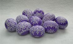 Kraslice v barvě fialové Egg Art, Easter Eggs, Wax, Handmade, Crafts, Sequins, Bling, Painting, Chicken