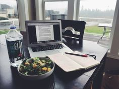"booksandiphones: "" 11/26 12:10 PM. A little lunch and a little studying. Yes, even over thanksgiving break :(. """