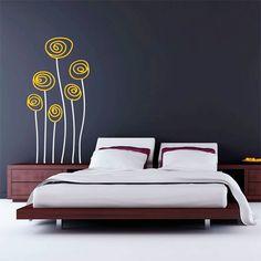 Elegante vinilo decorativo de flores de dos colores. Flores sutiles y estilizadas, perfectas para decorar cualquier superficie.