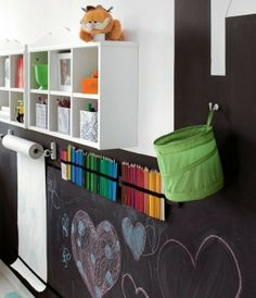 A perfect art center for my grand kids. I already have a super large school room chalk board.