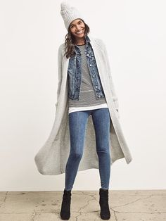 Maxi cardigan in grey for fall and winter. I would love to layer it the way it is shown on picture.