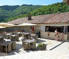 Bar met terras op Camping L' Ardechois