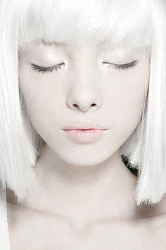 bangs, eyes, eyeshadow, face, fashion, girl, hair, light, lips, make up, make-up, makeup, pale, photography, skin, snow, white, white hair, winter, woman