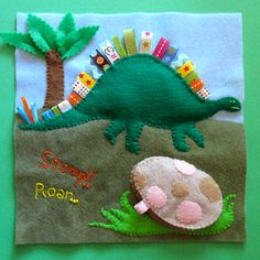 Dinosaur Quiet Book Page includes template. This is an amazing site for all types of quiet books. So talented! Diy Quiet Books, Baby Quiet Book, Felt Quiet Books, Quiet Book Templates, Quiet Book Patterns, Tilda Toy, Quiet Time Activities, Toddler Books, Busy Book