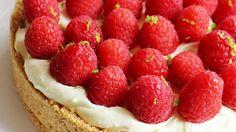 Culy Homemade: no-bake cheesecake met frambozen en vlierbloesem Raspberry, Strawberry, Cheesecake, Fruit, Desserts, Food, Tailgate Desserts, Deserts, Cheese Pies