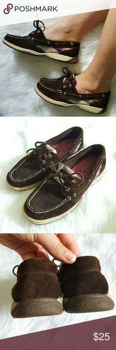 Brown Suede Plaid Sperrys Authetic Sperry Top-Sider boat shoes. Style 9774787  Womens Size 7.5  Chocolate brown leather suede upper. Pink / purple plaid pattern sides and tounge. Pre-loved in great condition! Sperry Top-Sider Shoes Flats & Loafers