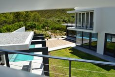 GLASSMEN HERMANUS | HOUSE SMUTS Architect: Andrew Greeff Architects Builder: Sandveld Bouers #glassmenhermanus #glassmen