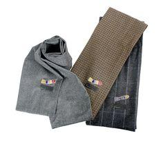 이왈종 화백의 작품 이미지를 머플러에 적용한 상품입니다. 앞선 패션 감각으로 따뜻한 겨울을 날 수 있습니다.