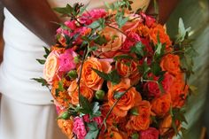 cascade bridal bouquet roses, orange rosa brudbukett droppformad