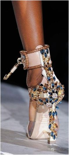 DSquared2 ~ Wide Ankle Strap Jeweled Pump w Padlock 2014
