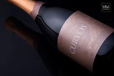 Curvos Sparkling Wine on Packaging of the World - Creative Package Design Gallery