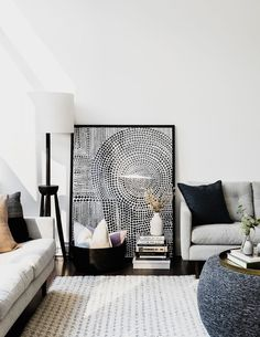 Warm, cool, contemporary or classic. Discover why Dulux white paints are Australia's most popular and most- loved colour choices. Dulux White Paint, White Paint Colors, White Paints, Dulux White On White, Black White Decor, Dulux Natural White, Interior Design Tips, Design Interiors, Design Ideas