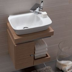 small sink bathroom cabinet tiny house Vello Handrinse Basin with Light Oak Vanity Unit Small Bathroom Sinks, Bathroom Vanity Units, Tiny Bathrooms, Tiny House Bathroom, Bathroom Toilets, Bathroom Design Small, Bathroom Furniture, Bathroom Storage, Bathroom Interior