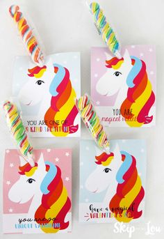 Magical Unicorn Valentine Box for Valentines at school with FREE Printables. The perfect Valentine Box for unicorn lovers. Unicorn Valentine Cards, Free Valentine Cards, Valentines For Kids, Valentine Day Cards, Valentine Crafts, Unicorn Cards, Valentine Ideas, Saint Valentine, Diy Gifts Cheap