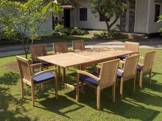 Teaching how to diy deck design with teak wood outdoor patio furniture and the differences to help you chose the right outdoor patio furniture for your home Wooden Garden Table, Garden Table And Chairs, Teak Garden Furniture, Outdoor Furniture Sets, Wood Furniture, Mission Furniture, Furniture Care, Quality Furniture, Furniture Plans