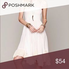Free People Convertible Viscose Slip Free People Convertible slip in Small however it did not come with straps but feels like it's an extra small like it's never been Worn a bit Free People Dresses Midi