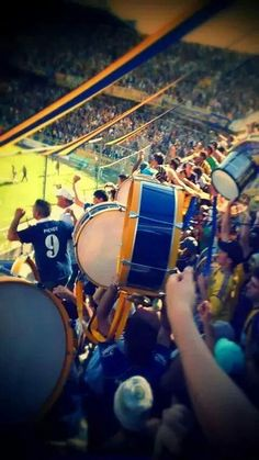Los guerreros del infierno Football Fans, Fifa World Cup, Lionel Messi, Sport, Goku, Tatoos, Soccer, Passion, Club