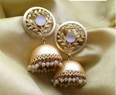 For orders, please whatsapp image of the product you like on Online Payment*/Cash on Delivery*- Both available COD*- Rs. 75 extra charge + o Gold Jhumka Earrings, Indian Jewelry Earrings, Indian Jewelry Sets, Fancy Jewellery, Indian Wedding Jewelry, Jewelry Design Earrings, Gold Earrings Designs, Gold Jewellery Design, Ear Jewelry