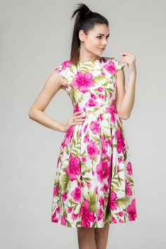 Inspiring 100+ Ideas About Floral Print Dresses https://fazhion.co/2017/03/22/100-ideas-floral-print-dresses/ In 2017 it looks like the hottest Dressl trend is floral dresses - pretty printed gowns every colour are taking over the aisles and altars.