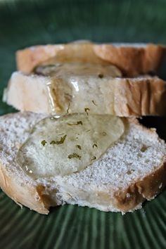 Lemon Balm and Sage jelly - a delicious and easy way to use up some of those fresh herbs from the garden.