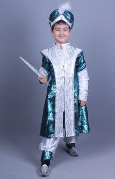 Toddler Prince Costume, Creative Costuming Designs, Bollywood Costume, King Costume, Beautiful Babies, Costume Design, Harajuku, Girl Outfits, Girls Dresses