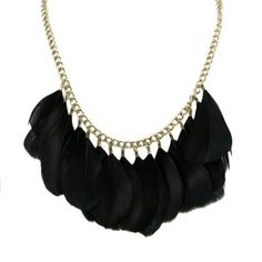 COLLAR PLUMAS NEGRAS .- #chic #necklace #feather #black #boho #party #chain #cool #tribal