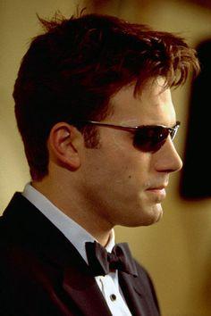 """Óculos de sol no actor Ben Affleck ficou puro charme :) no filme """"Demolidor""""..."""