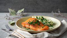 Losos s avokádovým šalátom Fish And Seafood, Cooking, Kitchen, Kitchens, Cuisine, Brewing, Cucina, Cook