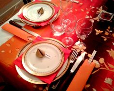 #Chinese #table #decor with #origami #chopsticksholders and paper fortune cookies as #nameholders
