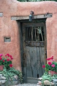 Santa Fe inspiration ~ I love the adobe homes and various old doors on them in… Grand Entrance, Entrance Doors, Doorway, Cool Doors, Unique Doors, Knobs And Knockers, Door Knobs, When One Door Closes, Tadelakt