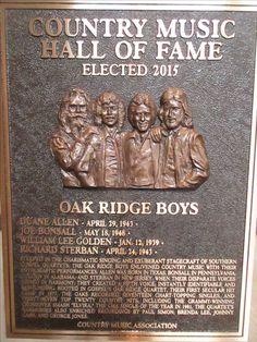 Oak Ridge Boys Country Music Stars, Country Music Singers, Richard Sterban, The Oak Ridge Boys, Gospel Music, Sound Of Music, Music Stuff, Music Artists, Boy Groups