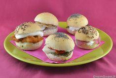 Scopri la ricetta di: Panini per buffet