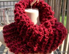 Super chunky non-wool cowl inspired by the Outlander series. My version of Claires Cowl scarf. This one shown in Reds. A very beautiful mix of reds, some of the pics are a little too light. Made wider