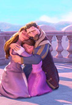 Rapunzel and her parents Disney Pixar, Best Disney Movies, Disney Animation, Disney And Dreamworks, Rapunzel And Eugene, Tangled Rapunzel, Disney Tangled, Disney Magic, Tangled Flower