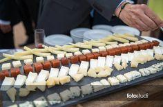 algunes #delicatessen dels nostres bufets... #Cheese #food #weeding #instafood #foodie #foodporn #cook #gastrovictim pic.twitter.com/b8jnC2cVwR