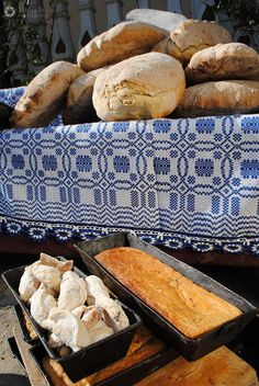 Romania Tara Fagarasului Visit Romania, Food Photography, Traditional, Bulgaria, Deadpool, Bread, Memories, Lifestyle, Country