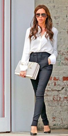Victoria Beckham sure knows how to pull out a classy office look. | Office Fashion