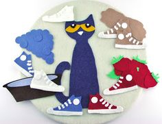 I had a special request from a teacher to make a Pete the Cat--I Love my White Shoes set. I copied my Pete from my Four Groovy Buttons set . Flannel Board Stories, Felt Board Stories, Felt Stories, Flannel Boards, Pete The Cat Shoes, Pete The Cats, Pete The Cat Buttons, Retelling Activities, Button Crafts For Kids