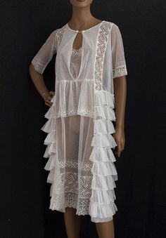 1920s Clothing at Vintage Textile: #2380 Embroidered flapper dress
