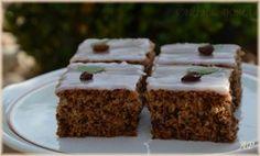 Ořechovo-cuketový koláč