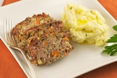 Lean Turkey Meatloaf with Whole Wheat Breadcrumbs and Mashed Potatoes      For a tasty dinner dish that's hearty but will still help you burn fat, make this American classic. The mix of lean,