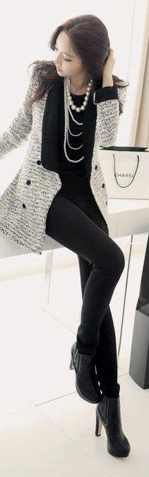 stylish jacket and necklace combo! corporate fashion. CORMONY.
